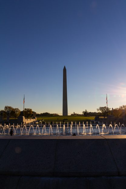 Washington Monument and fountain